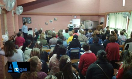 Se realizó en la Escuela 37 el tradicional taller anual para celíacos