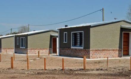 Ministerio de Vivienda y Mevir invierten 20 millones de pesos en construcción y refacción de casas en Artigas