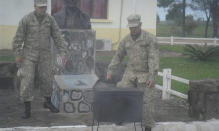 Se llevó a cabo la ceremonia anual de incineración de pabellones en el Regimiento 10 de Artigas