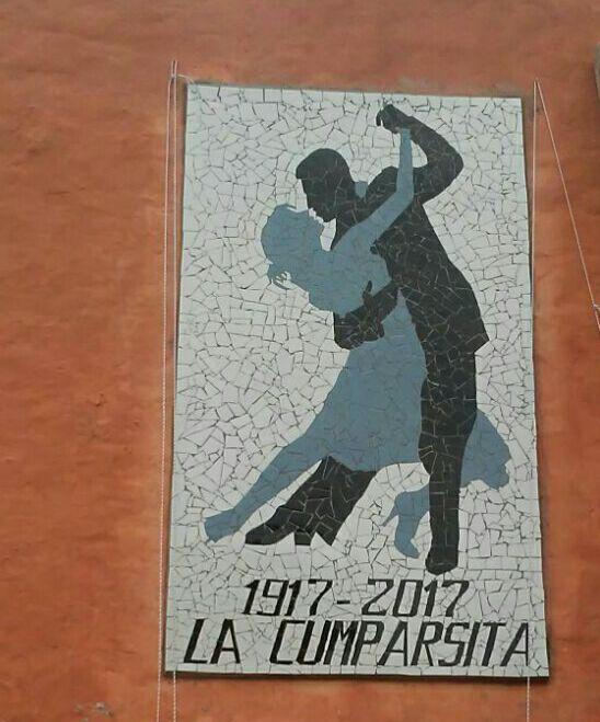 Reclusos de la Unidad 21 realizaron un mural de la Cumparsita