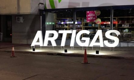 El cartel luminoso que estará en la Expo Artigas en acción sera colocado finalizada la misma en los accesos a la ciudad