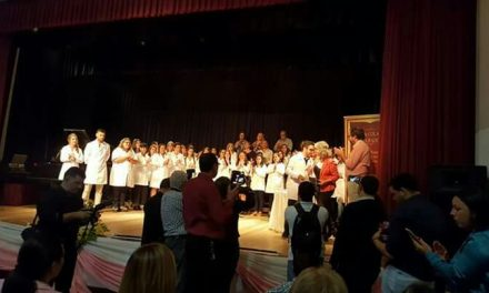 Se celebró el acto de colación de grado en el Auditorio Municipal