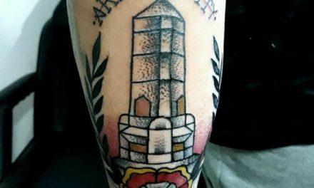 Se tatuó el obelisco de Artigas