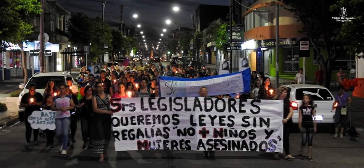 Se realizó por Avenida Lecueder la marcha ciudadana reclamando más seguridad y cambios en el nuevo código penal