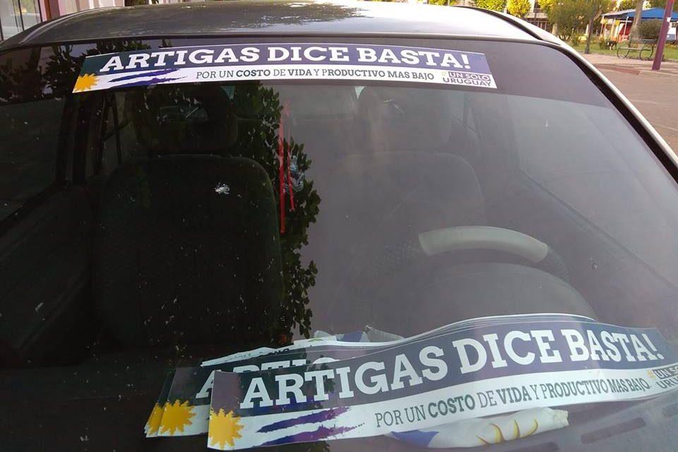 ARTIGAS DICE BASTA!