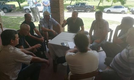 Productores artiguenses participaron de la reunión nacional en Durazno