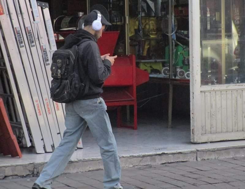 INTENDENCIAS FISCALIZARÁN EL USO DE CELULARES POR PARTE DE PEATONES