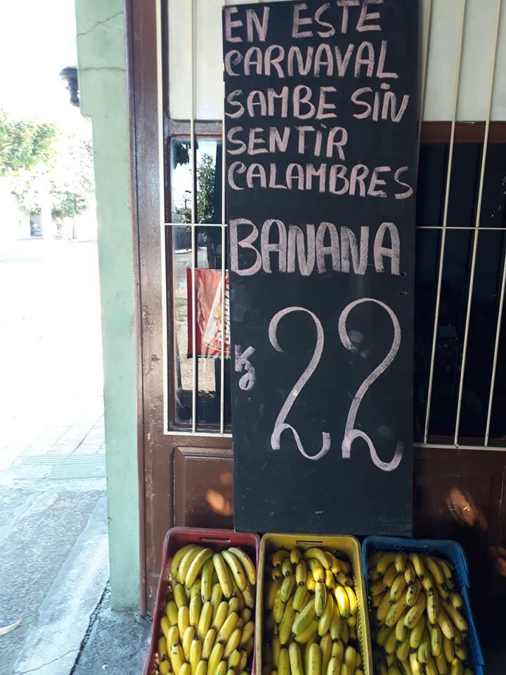 ORIGINAL CARTEL EN LA PREVIA DE CARNAVAL