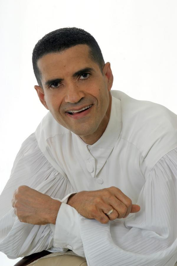 """EL RECONOCIDO CANTANTE CRISTIANO DOMINICANO """"MIGUELITO"""" ESTARÁ EN ARTIGAS EL PRÓXIMO 31 DE MARZO"""