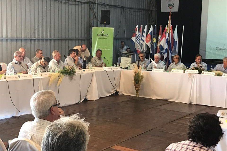 Intendente Caram participó del Congreso de Intendentes que se realizó en la ExpoActiva 2018 de Soriano