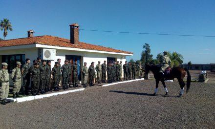 ENCUENTRO DE FRATERNIDAD  EN EL REGIMIENTO «GUAYABOS» CON EL 5TO. R.C.MEC. DE QUARAI