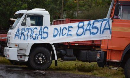 AUTO CONVOCADOS SE CONCENTRAN DESDE TEMPRANO EN LOS DOS PUNTOS ELEGIDOS DEL DEPARTAMENTO