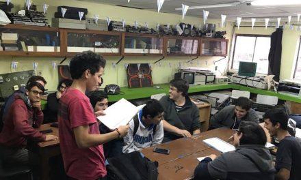 ALUMNOS DE UTU DESARROLLAN LIBRO PARA PERSONAS CIEGAS O DE BAJA VISIÓN