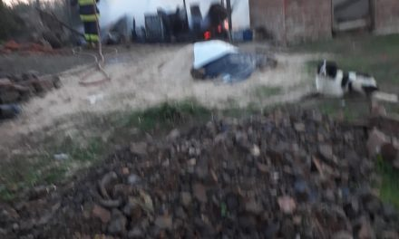 FAMILIA PIERDE  TODO TRAS INCENDIARSE SU PRECARIA VIVIENDA