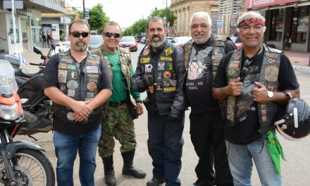 MOTOQUEROS BRASILEÑOS COMENZARON A RECORRER URUGUAY PARTIENDO DESDE ARTIGAS
