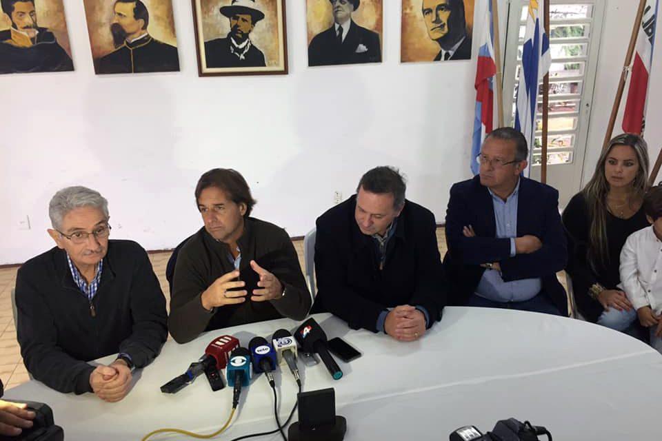 EL PRE CANDIDATO LUIS LACALLE POU ESTA EN ARTIGAS