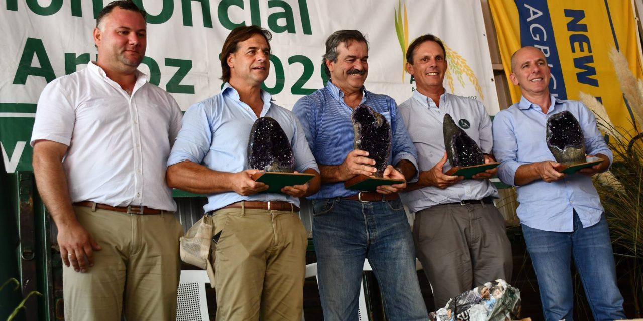 PRESIDENTE LACALLE POU PARTICIPÓ DEL LANZAMIENTO DE LA COSECHA DE ARROZ 2020.