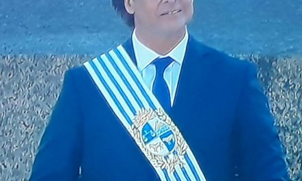 LACALLE ES EL NUEVO PRESIDENTE DE LOS URUGUAYOS.