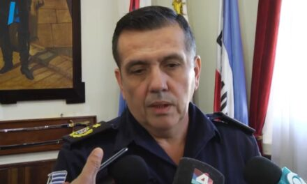 JEFE DE POLICÍA HABLÓ SOBRE EL CASO DEL POLICÍA QUE DISPARÓ CONTRA JÓVENES QUE PERPETRABAN UN ABIGEATO. LA POLICÍA CONTINUARÁ ACTUANDO BAJO LOS PROTOCOLOS ESTABLECIDOS ANTE SITUACIONES DELICTIVAS.