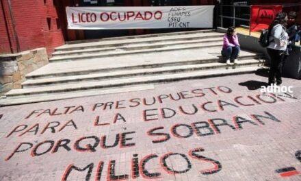 «FALTA PRESUPUESTO PARA LA EDUCACIÓN PORQUE SOBRAN SON MILICOS»