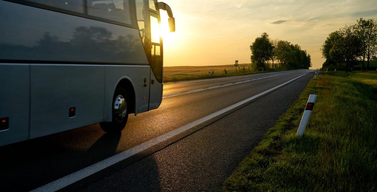 Ministerio de Transporte decide mantener aforo de 50% hasta el 17 de enero en viajes interdepartamentales.